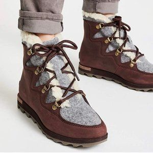Sorel Sneakchic Alpine Genuine Shearling Lamb Fur